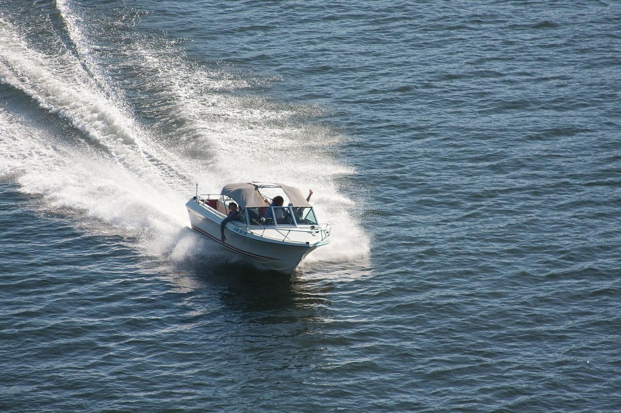 speedbåd polterabend ide